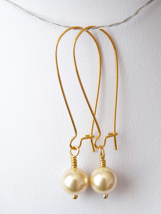 Light gold shell Pearl Dangle Earrings - Genuine Gemstone - Handmade