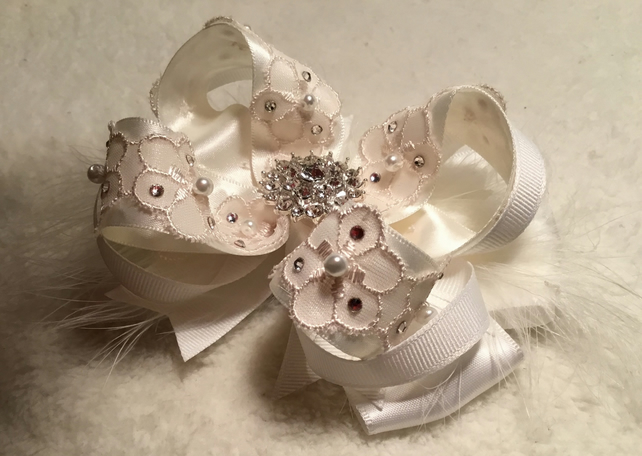 Bespoke Flower Girl Hair clips or bobbles