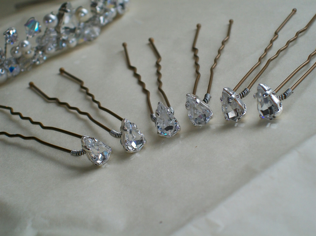 Handmade Swarovski pear shaped diamante hairpins x 6