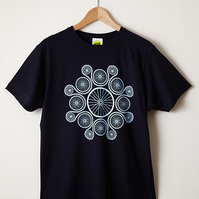 Chain Reaction (Navy – Mens T Shirt)