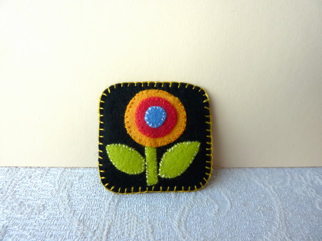 Little Felt Flower - Hand Sewn Textile Brooch