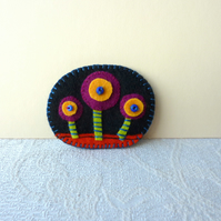 Three Little Flowers - Hand Sewn Felt Applique Brooch - SALE ITEM