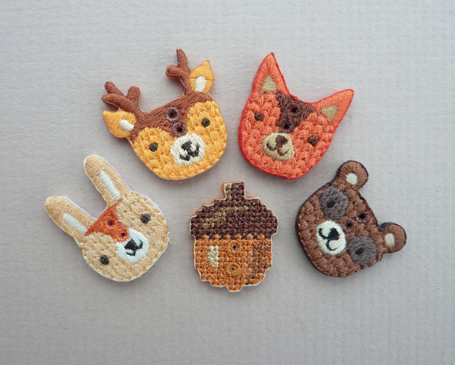 4 x Woodland Friends Buttons Set, Plus An Acorn Button!