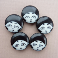 5 x 23mm Black & White Flapper Girl Buttons - Black Hat Variation - Art Deco
