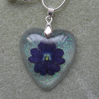 Verbena Flower Set in Resin Heart Pendant