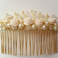 SALE Pearl and Flower Hair Comb bridal