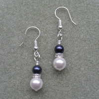 Navy and White Pearl Earrings with Pearls From Swarovski