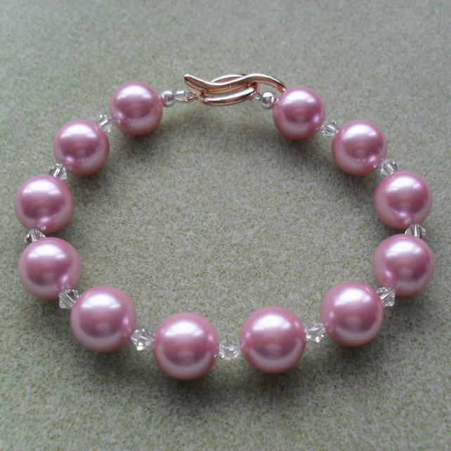 Dusky Pink Shell Pearl and Crystal Bracelet