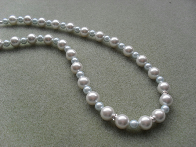 Shell Pearl Necklace With Swarovski Elements