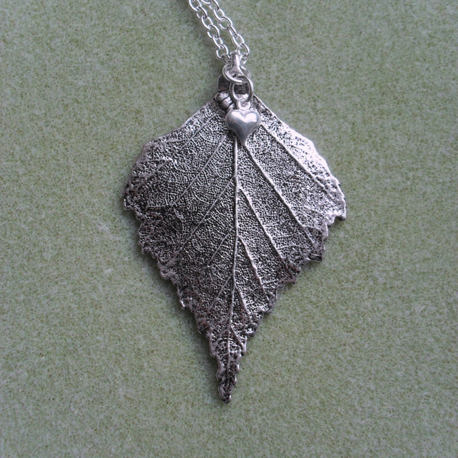 Silver Coloured Leaf Pendant Necklace