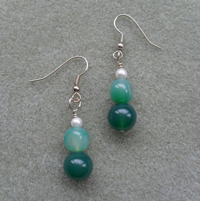 Agate and Shell Pearl Earrings