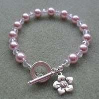Pink Shell Pearl and crystal Beaded Bracelet Flower Charm