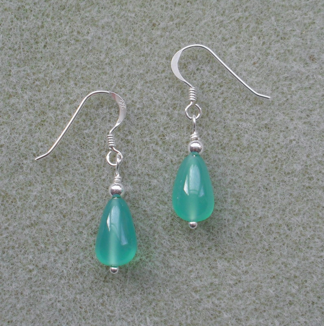 Earrings With Green Onyx and Sterling Silver