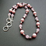 Shell Pearl Quartzite and Pearl Silver Plated Necklace