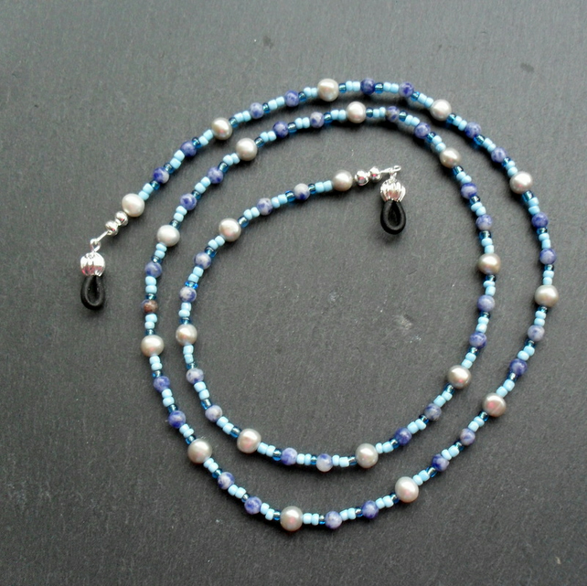 Freshwater Pearl, Sodalite and Seed Bead Spectacle Chain