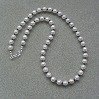 Pearl Necklace With White Shell Pearls and Black Spinel