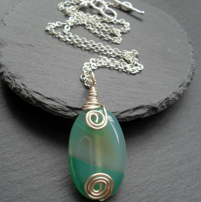 Green Agate Pendant Wire Wrapped Silver Tone
