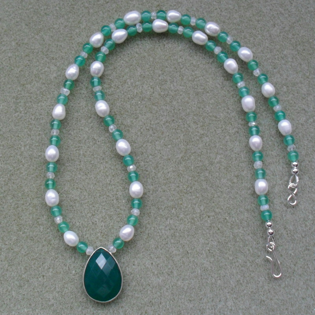 Green Onyx Drop Pendant Necklace With Freshwater Pearls Sterling Silver