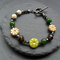 Sale Czech Glass Beaded Bracelet Green and Gunmetal Grey Flower Bracelet