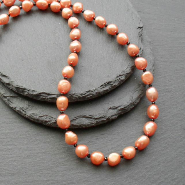 Freshwater Peach Pearls With Black Spinel Gemstones Sterling Silver Necklace