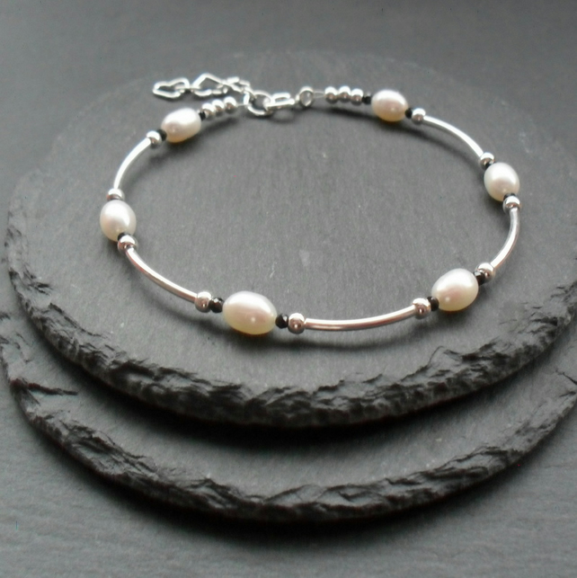Dainty Sterling Silver Freshwater Pearl and Black Spinel Bracelet