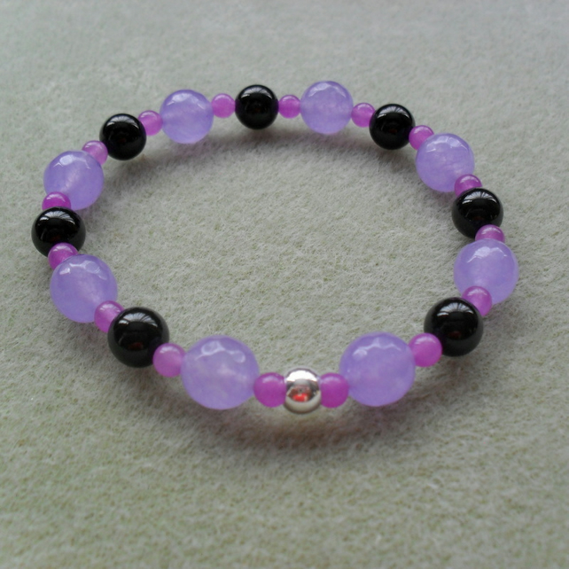 Black Onyx and Lilac Quartz Stretch Bracelet