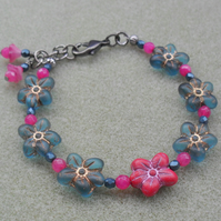 Flower Bracelet with Czech Glass Beads and Semi Precious Gemstones Vintage