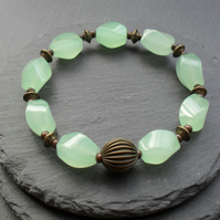 Green Quartz Stretch Bracelet Bronze Tone