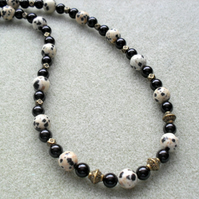 Dalmatian Jasper Black Agate Beaded Necklace Vintage