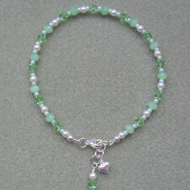Pastel Green and White Beaded Anklet