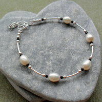 Freshwater Pearl and Black Spinel Dainty Sterling Silver Bracelet