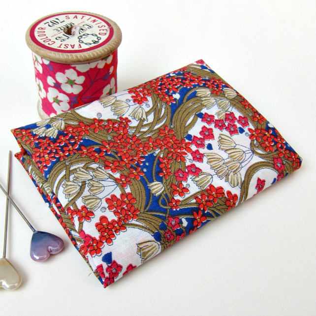 Amy Jane (blue, red, brown) - Liberty Mini Single (9x12 inches)