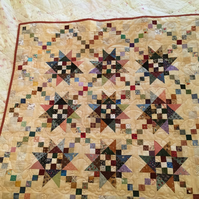 'Scrappy' Star-Crossed Chains Patchwork Quilt designed by Englishquilter