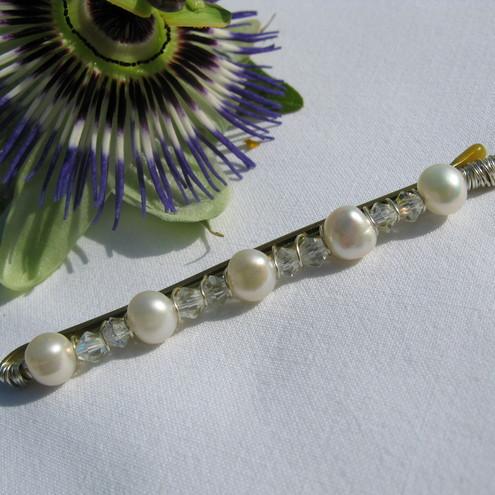 Handmade - Pretty Hairpin - Freshwater Pearl and Swarovski Crystal - Aditi