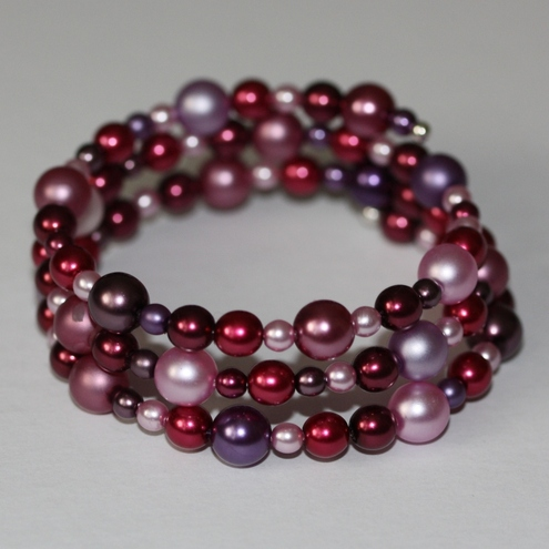 Pink pearl memory wire bangle
