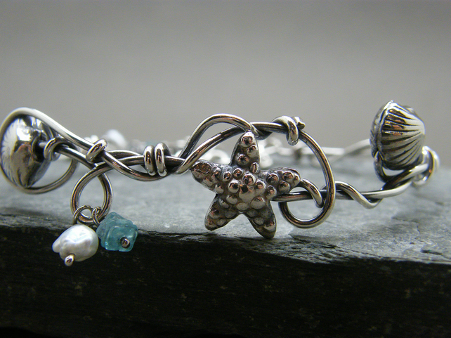 Sterling silver sea shell, starfish and gemstone adjustable bangle