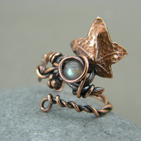 Adjustable antique copper leaf ring with labradorite gemstone