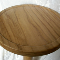 Wood Table - Oak - single pedestal occasional table