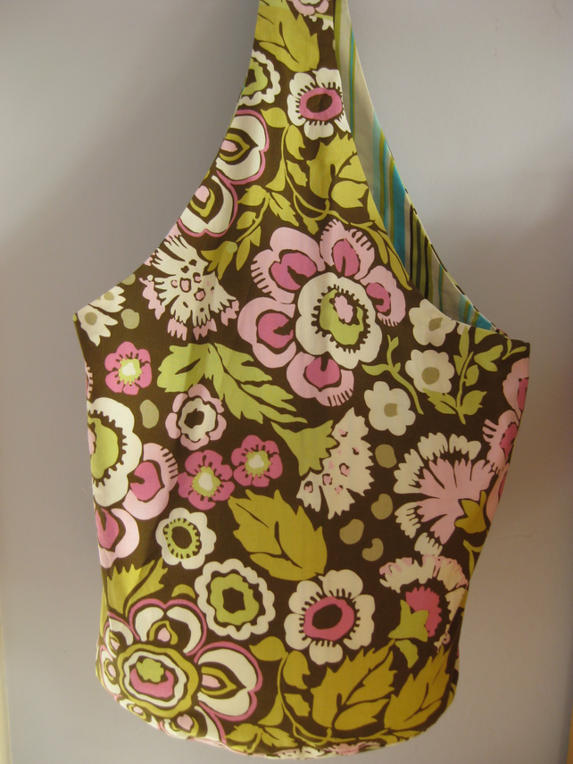 Reversible bucket bag in Amy Butler fabric