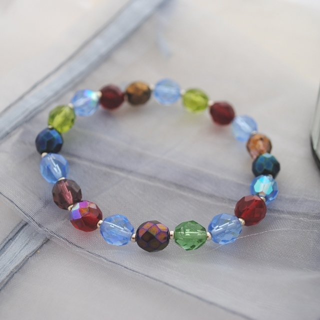 Gem crystal bead stretch bracelet
