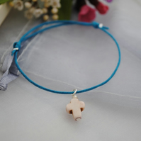 Friendship Bracelet-Turquoise & Howlite Cross