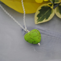 Apple green howlite heart pendant necklace