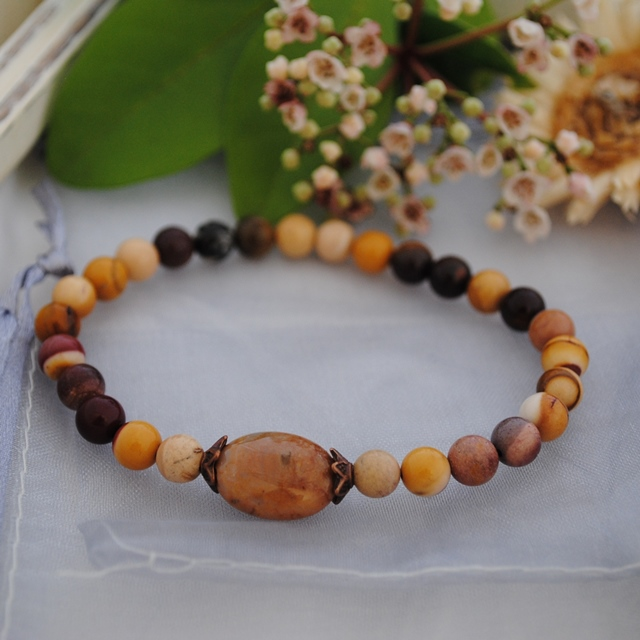 Mookaite & Indian Agate stretch bracelet (sand)