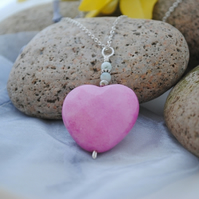 Pink jade heart pendant necklace