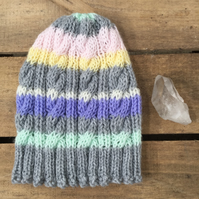 Unisex Vegan Cable Beanie - Rainbow Stripe