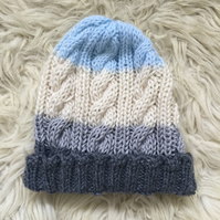Unisex Vegan Cable Beanie - Blue Stripe