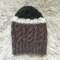 Unisex Vegan Cable Beanie - Brown & Khaki