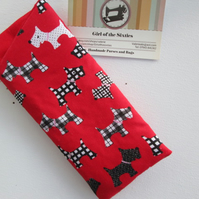 Dogs glasses case