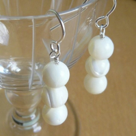 Pearl bead Earrings - Free Post