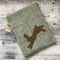 Hare On Tweed Mini iPad Bag